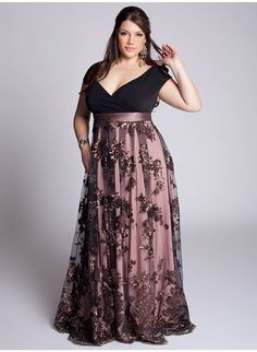Red Plus Size Formal Dresses There are many designs and styles for evening dress patterns but unfortunately, not many options for plus sized. Plus Size Formal Dresses, Evening Dresses Plus Size, Formal Gowns, Plus Size Outfits, Evening Gowns, Long Dresses, Formal Wear, Prom Dresses, Summer Dresses