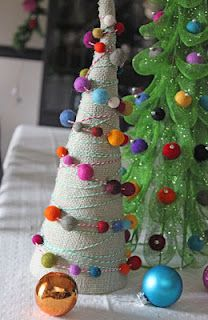 Burlap & Sparkle Mesh Trees  Designer: Julia Sandvoss