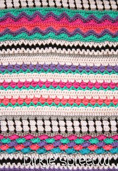 DirkjeSpreeuw Crochet Blankets, Crochet Patterns, Inspiration, Ceilings, Biblical Inspiration, Afghans, Crochet Granny, Crochet Stitches, Blanket Crochet