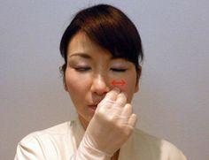 Моментальный интероральный массаж против носогубных складок