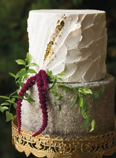 Natural Selection: 5 Organically Elegant Wedding Cakes Local bakers design elegantly sylvan sweets inspired by our favorite wedding cake trends.
