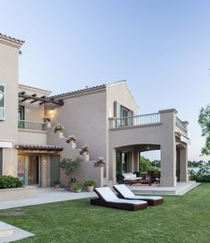 68 New Ideas For Exterior House Materials Ideas Exterior House Colors, Exterior Design, Casa Patio, Dream Mansion, Villa, Mediterranean Homes, Classic House, House Goals, Modern House Design