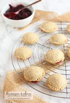 biscotti ripieni di confettura #senzalattosio #senzauova #vegan