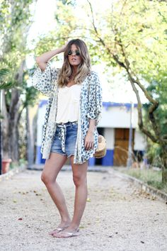 Sunny Days, Travel Outfits, Sunnies, Kimono, Ss, Closets, Travel Clothing,  Travelling Outfits, Sunglasses cfdc49dee73b