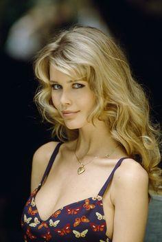 Blond/Blue-Eyed Girl - Claudia Schiffer...<3