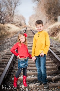 Great colors! Family portraits by Picture It Mine Photography