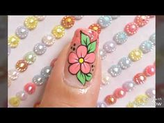 Decoración de uñas con flor - YouTube Diy Nails, You Nailed It, Pedicure, Make Up, Nail Art, Youtube, Beauty, Paint Flowers, Flower Nails