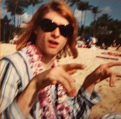 Previously unseen photo of Kurt Cobain in Hawaii, 1992