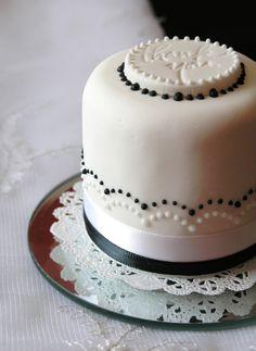Sugar Realm, Fine Bakery & Cake Design ❤  www.sugarrealm.com/