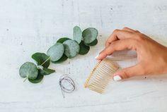 A Pair & A Spare | Quick DIY: Leaf Hair Comb