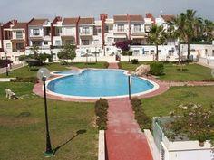 2 Bedroom Town House Guardamar €129,995 www.fiestaproperties.com