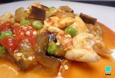 Aprende a preparar pollo con berenjenas al curry con esta rica y fácil receta. Cuando descubras los ingredientes con los que hemos preparado este rico plato de pollo...