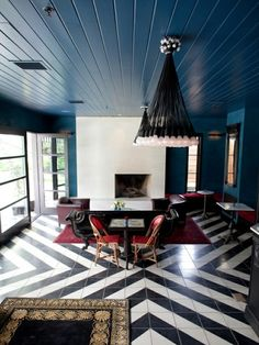 Black and White Pattern Floor