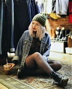 22 Grunge Outfits ideas with Fishnet Tights - 22 Grunge Outfits ideas with Fishnet Tights Green beanie hat, choker necklace, denim jacket, floral sweatshirt, fishnet stockings & combat boots by nicolealyseee. Hipster Girl Fashion, Cute Hipster Outfits, Edgy Outfits, Mode Outfits, Denim Fashion, Look Fashion, Trendy Fashion, Fashion Outfits, 90s Fashion