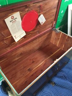Toronto, Table, Red, Furniture, Home Decor, Homemade Home Decor, Mesas, Home Furnishings, Desk