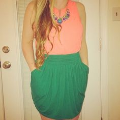 BCBGMaxAzria Kelly Green Pocketed Skirt  Great Kelly Green Skirt. Has Pockets!Versatile, easy to mix into any season. Like new condition. BCBGMaxAzria Skirts