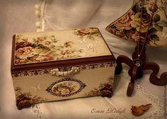 """Купить Интерьерный набор """"Цветы лета"""" - бежевый, часы настенные, шкатулочка, шкатулка с розами"""