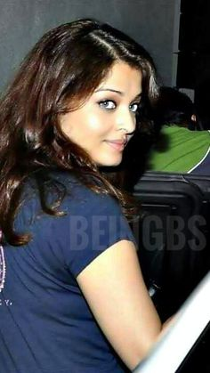 Aishwarya Rai Young, Actress Aishwarya Rai, Aishwarya Rai Bachchan, Tamil Actress Photos, Beauty Full Girl, Indian Girls, All Fashion, Indian Actresses, Desi