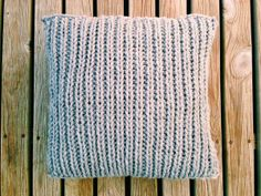 knitted cushion covers, chunky cushions, knitted home comforts