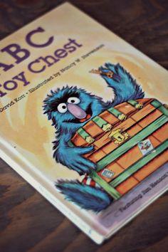 Livre ANGLAIS ABC toy chest Sesame Street Livre par PastelEtPixel