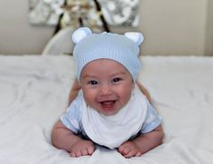 Baby Product Essentials and Must Haves! (0-6 Months Old). THE LIST OF ALL LISTS!!!
