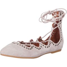Die geschnürten Flats von Jeffrey Campbell sind das Must-Have der Saison. Besonderes Highlight: Die Nieten! @ABOUT YOU http://www.aboutyou.de/p/jeffrey-campbell/prudence-ballerinas-2196099?utm_source=pinterest&utm_medium=social&utm_term=AY-Pin&utm_content=2016-04-KW-15&utm_campaign=Shoe-Board