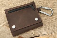 Exclusive: Allegory Goods Leather EDC Pouch   250+ Sold   Exclusive Price and Reviews   https://www.massdrop.com/buy/allegory-goods-edc-pouch   Discover more Boxes on @massdrop   From Allegory, a Kickstarter-born Chicago shop dedicated to small-batch manufacturing, comes the all-new Leather EDC...