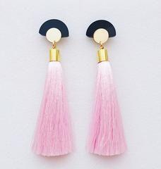 Gloria Tassels • pastel pink | Örhängen | WOS