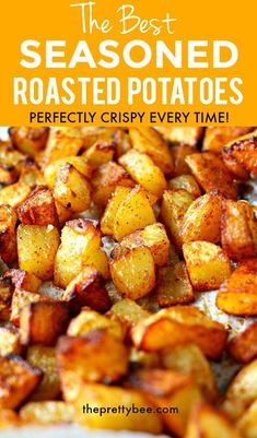 Golden brown, baked in flavor, these perfectly crisp and tender roasted potatoes are just the thing Side Dish Recipes, Easy Dinner Recipes, New Recipes, Cooking Recipes, Favorite Recipes, Easy Cooking, Seafood Recipes, Vegetarian Recipes, Recipies