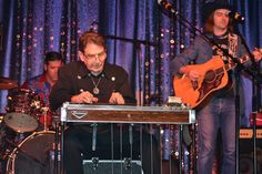 Neil Flanz Picking at His 2016 Steel Guitar Hall of Fame Induction Ceremony