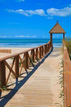 Beautiful capture of Cortadura's Beach - Cadiz