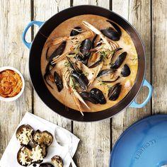 """27 Likes, 1 Comments - Le Creuset Sverige (@lecreusetse) on Instagram: """"Hitta receptet på fisksoppan Bouillabaisse, en lokal, traditionell rätt från Marseille, på vår…"""""""
