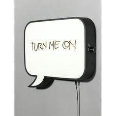 Snakkes vegglampe fra Northern Lighting.Snakkes er en veggmontert LED som ble skapt for å lyse ...