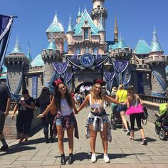 """Madison Pettis on Instagram: """"2 lil Minnie Mouses @ The Happiest Place on Earth ❤️ @torriwebster"""""""