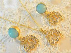 muslim fashion cz Allah pendant golden Allah Allah by KURSIJEWELRY, Golden Allah, blue faced jade islamic gemstone jewelry set, zircon cz Alah charm, muslim fashion, islamic bridal jewelry gift.