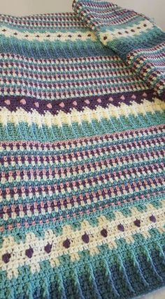 Patons Country Fresh blanket as shown on FB | http://www.yarnspirations.com/patterns/country-fresh-blanket.html