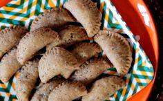 Pastel de forno com recheio de palmito e azeitona: receita da Bela Gil - Bela Cozinha - GNT