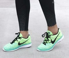 Nike Flyknit Lunar 3 Running shoes #green