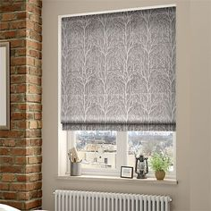 Window treatment with blinds is customary practice with many homeowners. The roman blinds are partic Natural Roller Blinds, Natural Blinds, Panel Blinds, Blackout Blinds, House Blinds, Blinds For Windows, Graber Blinds, Gray, Houses
