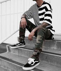 Camisetas Masculinas 2018. Macho Moda - Blog de Moda Masculina: CAMISETA MASCULINA 2018: 5 Tendências em Modelos de Camisetas, Camiseta Oversized Masculina, Camiseta com Manga Oversized. Camiseta Listrada