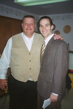 Two great looking guys! Craig Westhoff & I just before the ceremony.  Just for the record Craig had to borrow the suit from Pastor Tom because he didn't own one of his own!  :-p