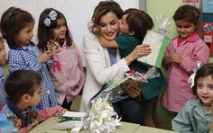 September 21, 2015...Queen Letizia visited an primary-school in Palencia