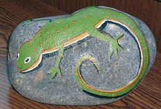 Lizard painted on a rock