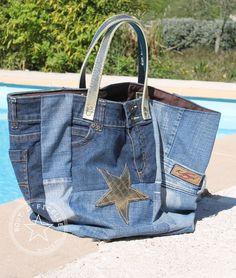 Sac Cabas total look jean Plus Sacs Tote Bags, Diy Tote Bag, Jeans Recycling, Look Jean, Denim Handbags, Diy Jeans, Denim Ideas, Art Bag, Recycled Denim