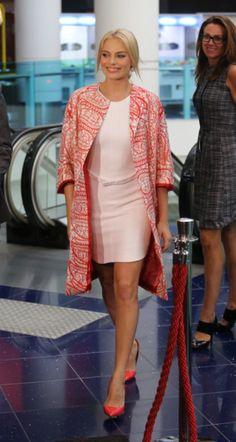 Margot Robbie premieres The Wolf of Wall Street in Brisbane.