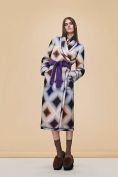 See every look from the new Fendi Pre-Fall 2016 collection