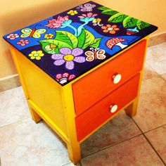 Whimsical Painted Furniture, Hand Painted Furniture, Funky Furniture, Recycled Furniture, Furniture Makeover, Painted Wooden Boxes, Painted Stools, Painted Drawers, Decor Crafts