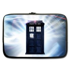 Sleeve for 10  10.1  Laptop Doctor Who TARDIS Call Box
