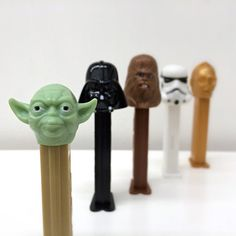 De voûte au milieu des années 90, cette série très à collectionner de 7 distributeurs de PEZ sur le thème de Star Wars comprend favorites…