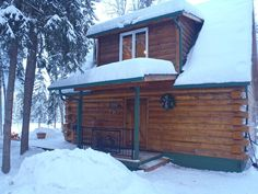 Fairbanks cabin rental, who's ready for snow?